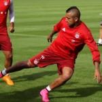 BAYERN MUNICH – Exercice tactique pour progresser dans un même couloir de jeu