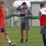 SEVILLE FC – Exercice technique pour améliorer l'enchainement conduite et tir