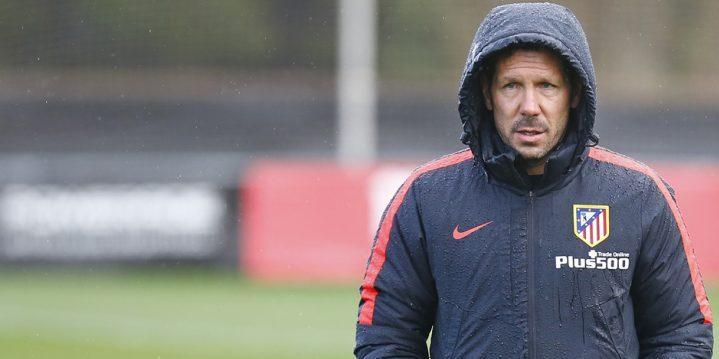 ATL.MADRID – Attaquer une défense désorganisée à 3 joueurs par Diego Simeone