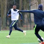 PARIS FC – Travail technique de conduite, de prise de balle et de passe