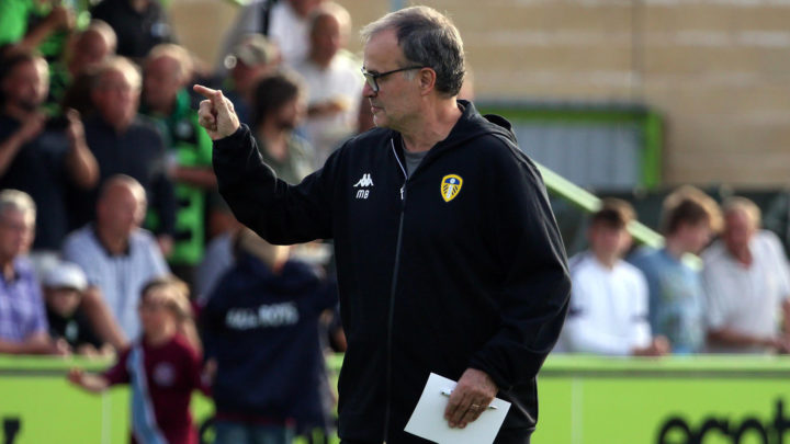 LEEDS UNITED – Exercice technique fonctionnel : Combinaison à 3 par M.BIELSA